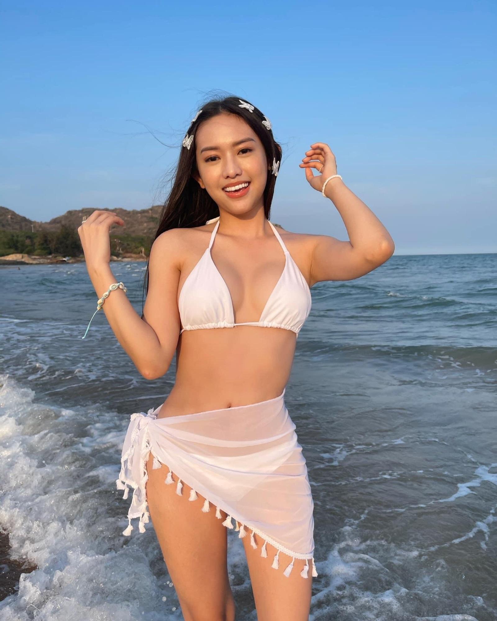 Gái Việt 'thi nhau' quấn khăn làm bikini, khoe body chuẩn đến từng milimet - Ảnh 5