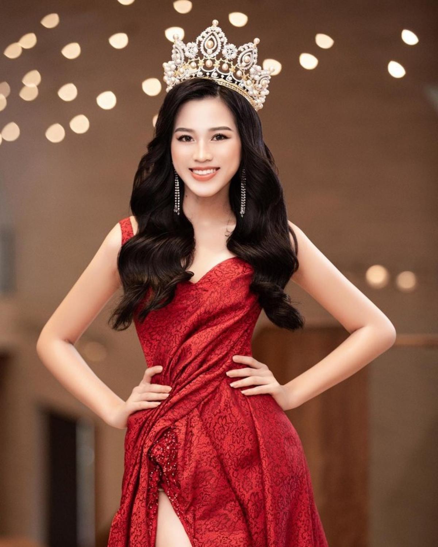 HÓNG: Cú 'hất tay' của 'đàn chị' với Hoa hậu Việt Nam Đỗ Thị Hà đang rùm beng MXH, fan nói gì? - Ảnh 6