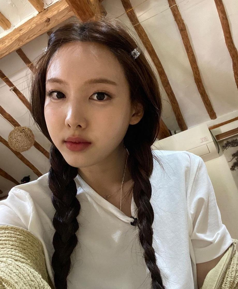 Kiểu tóc 'cưa sừng' được loạt mỹ nhân châu Á lăng xê: Song Hye Kyo và Angela Baby đều có cú nhảy vọt nhan sắc - Ảnh 8