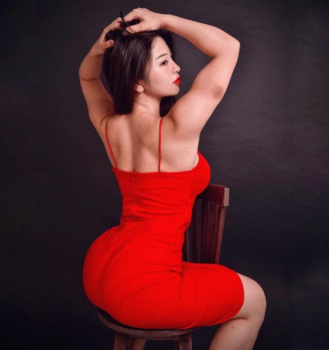 Từ 'vịt xấu xí' lột xác thành 'thiên nga', hot girl sở hữu 3 vòng như đúc tượng khiến ai cũng mê mẩn - Ảnh 10
