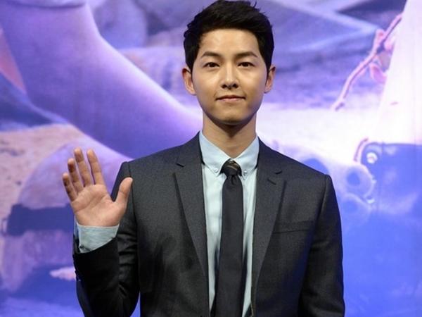 Đang đóng phim ở nước ngoài, Song Joong Ki vẫn quyên góp số tiền 'khủng' chống dịch Covid-19