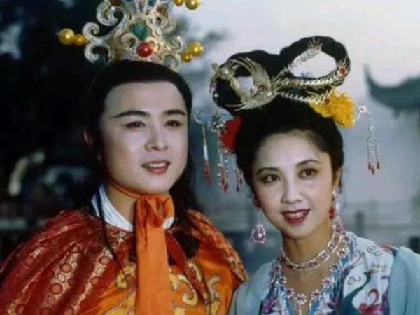 Hơn 30 năm, Đường Tăng Từ Thiếu Hoa lần đầu trải lòng về chuyện tình với quốc vương Nữ Nhi Quốc