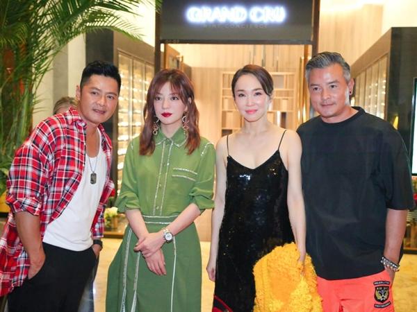 Ký ức ùa về khi 'Tiểu Yến Tử' Triệu Vy bất ngờ hội ngộ 'Tiểu Long Nữ' Phạm Văn Phương