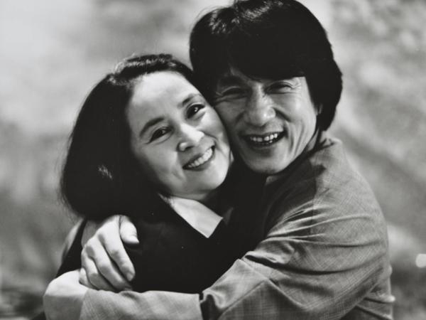 Phía Thành Long chính thức lên tiếng sau tin đồn ly hôn ở tuổi 67