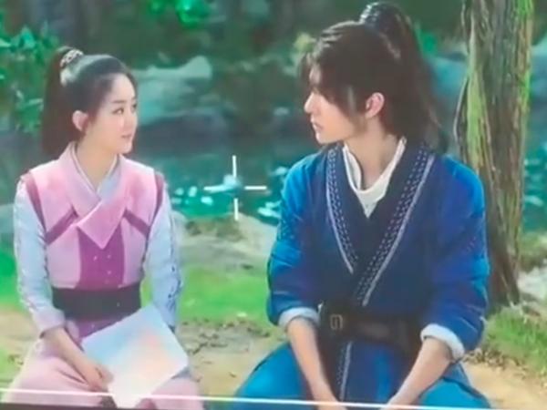 Triệu Lệ Dĩnh và Vương Nhất Bác đốn tim fan khi khoe ảnh 'tình bể bình' bên nhau