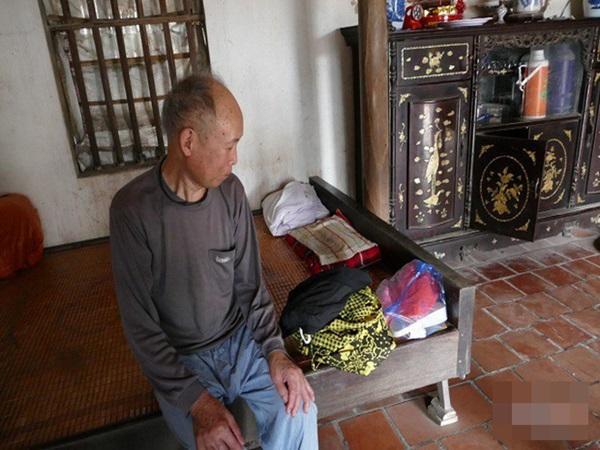 28 năm thắp hương, làm giỗ, cha bất ngờ khi con gái mất tích trở về