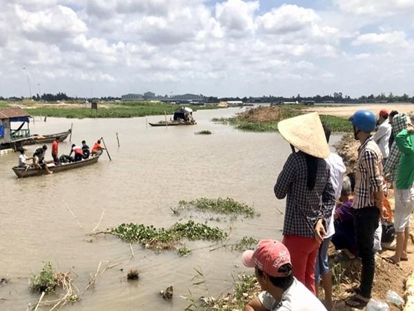 An Giang: Gia cảnh đáng thương của 2 chị em họ chết đuối khi đi thả diều, tắm sông