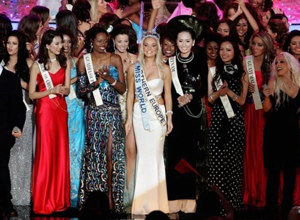 Hoa hậu Mai Phương Thúy đã làm được gì sau 11 năm đăng quang? - Ảnh 2