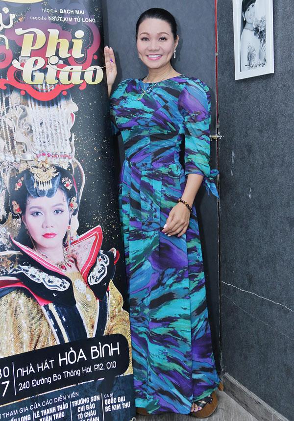 Ngọc Huyền, Kim Tử Long diễn lại 'Xử án Phi Giao' sau 17 năm - Ảnh 1