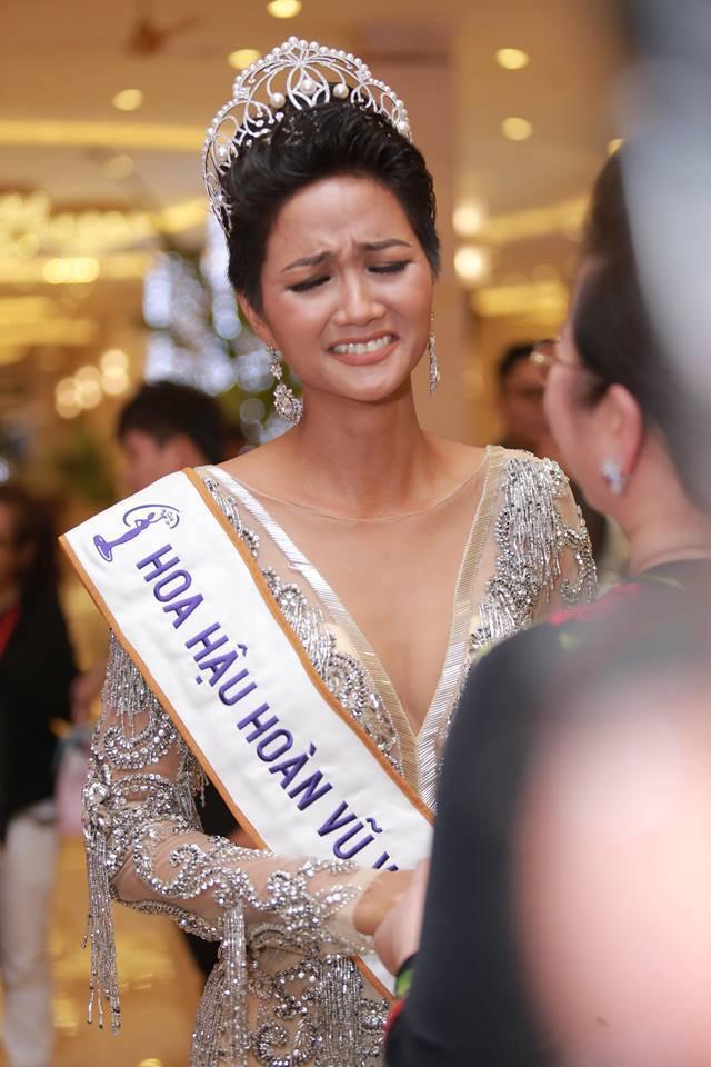 HOT: Trước đêm chung kết, Hoa hậu H'Hen Niê vẫn còn nợ 4 triệu tiền đi thi - Ảnh 3