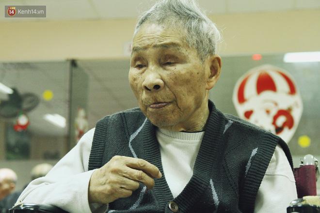 Đằng sau cánh cửa một viện dưỡng lão ở Hà Nội: Ừ thì, mình cứ vui hết mình thôi! - Ảnh 8