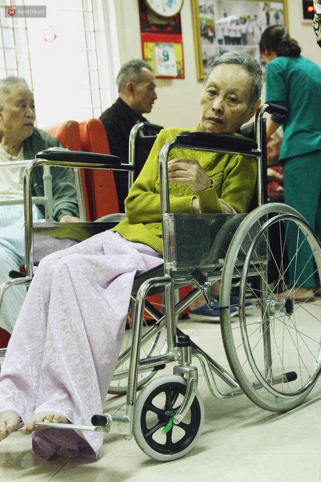 Đằng sau cánh cửa một viện dưỡng lão ở Hà Nội: Ừ thì, mình cứ vui hết mình thôi! - Ảnh 9