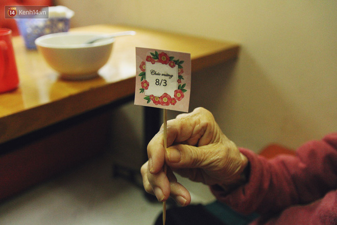 Đằng sau cánh cửa một viện dưỡng lão ở Hà Nội: Ừ thì, mình cứ vui hết mình thôi! - Ảnh 12