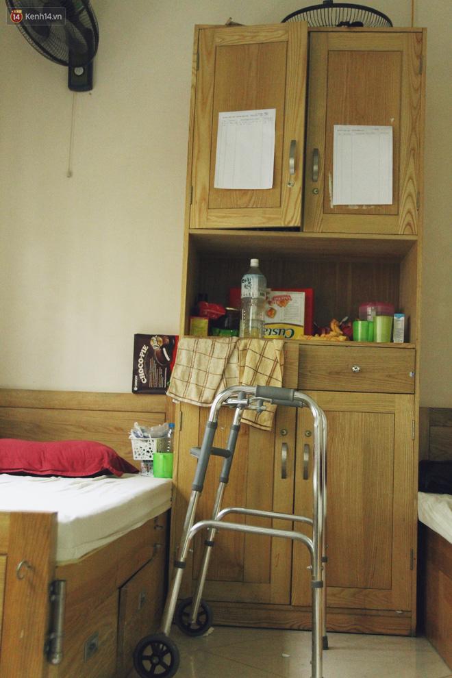 Đằng sau cánh cửa một viện dưỡng lão ở Hà Nội: Ừ thì, mình cứ vui hết mình thôi! - Ảnh 16