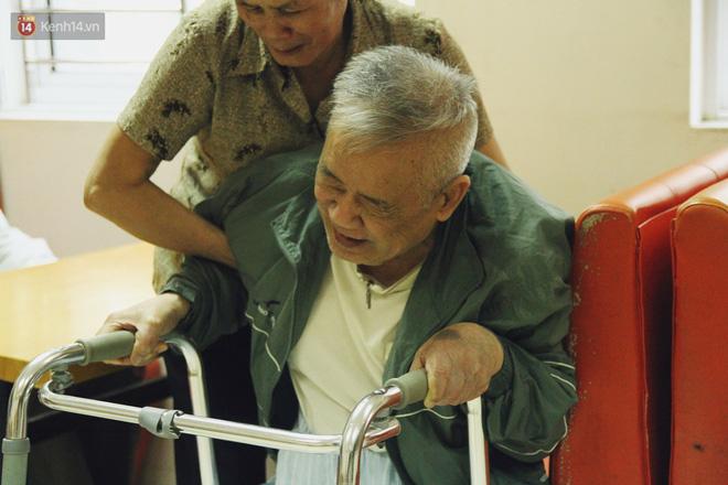 Đằng sau cánh cửa một viện dưỡng lão ở Hà Nội: Ừ thì, mình cứ vui hết mình thôi! - Ảnh 17