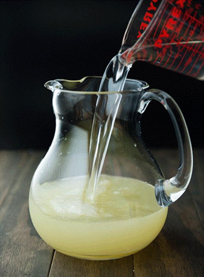 Pha 2 lít nước chanh muối để thay thế nước lọc uống hàng ngày, thanh lọc giải độc mát gan, eo bánh mì cũng thành eo con kiến - Ảnh 4