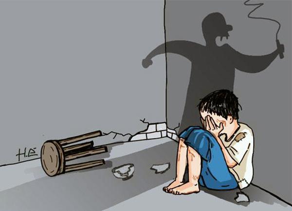 Bạo hành con riêng tàn nhẫn, mẹ kế lý sự: 'Đánh là để dạy dỗ... Tôi nuôi được, tôi đánh được...' - Ảnh 3