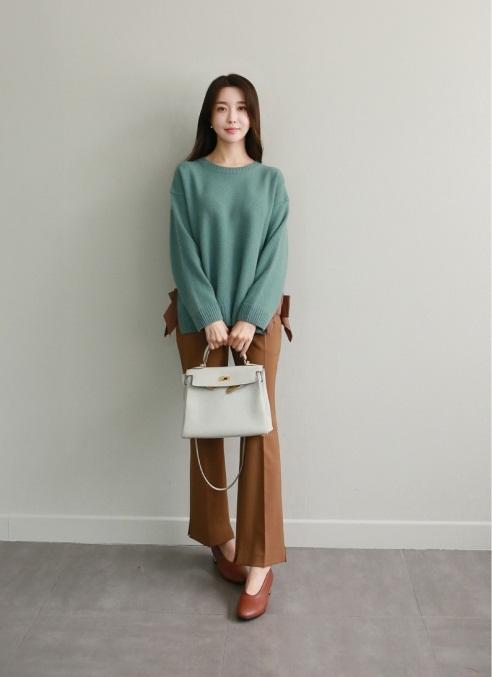 Những mẫu áo len cực sành điệu, hot nhất mùa đông này mà bất kỳ cô gái nào cũng không thể bỏ qua! - Ảnh 4