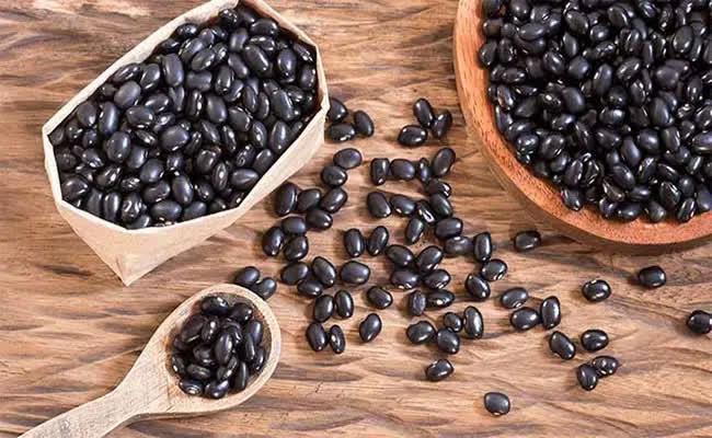 Đậu đen là 'vua của các loại đậu', giúp sống thọ, ngừa ung thư, nhưng 4 nhóm người này không nên ăn - Ảnh 2