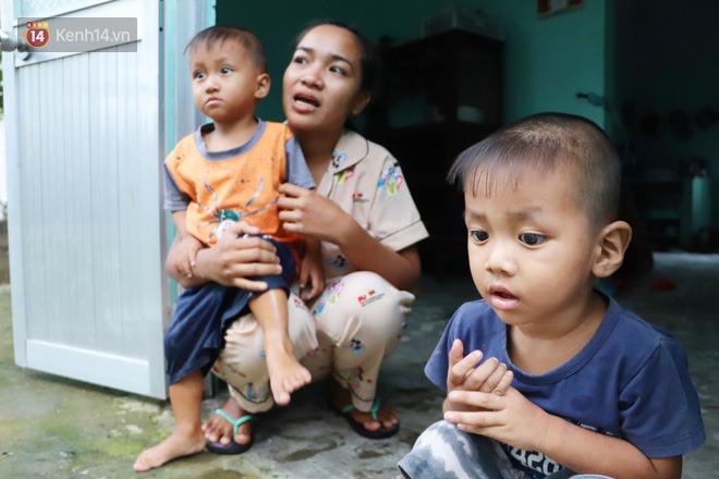 2 đứa trẻ đói ăn ở nhà chờ mẹ vào viện chăm cha bị tai nạn mà không đủ tiền chữa trị: 'Mẹ ơi, cha con đâu rồi' - Ảnh 15