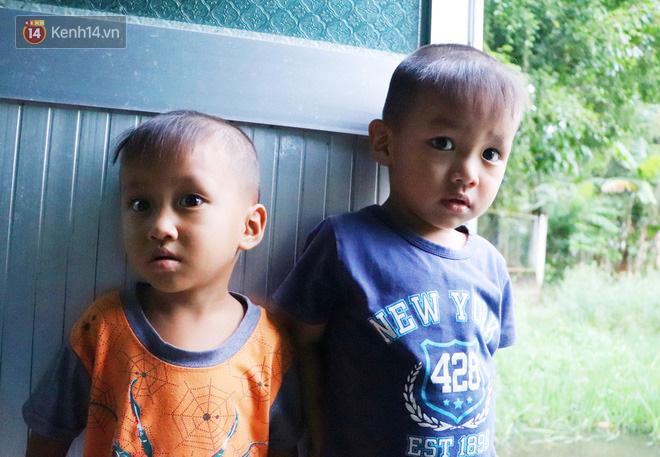 2 đứa trẻ đói ăn ở nhà chờ mẹ vào viện chăm cha bị tai nạn mà không đủ tiền chữa trị: 'Mẹ ơi, cha con đâu rồi' - Ảnh 4