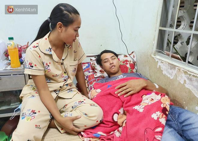 2 đứa trẻ đói ăn ở nhà chờ mẹ vào viện chăm cha bị tai nạn mà không đủ tiền chữa trị: 'Mẹ ơi, cha con đâu rồi' - Ảnh 10