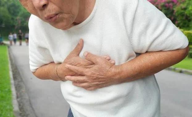3 dấu hiệu trên cơ thể nhận biết ung thư phổi, nhớ nhìn kỹ ngón tay - Ảnh 2