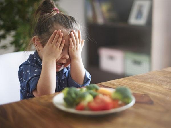 Trẻ 1 tuổi nhanh nhẹn, khỏe mạnh nhưng biếng ăn nên bổ sung chất gì? - Ảnh 1
