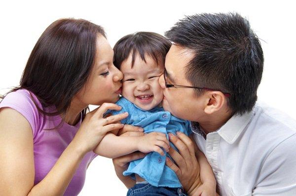 Trong những trường hợp này, dù bố mẹ có yêu con tới mức nào cũng đừng hôn trẻ! - Ảnh 2
