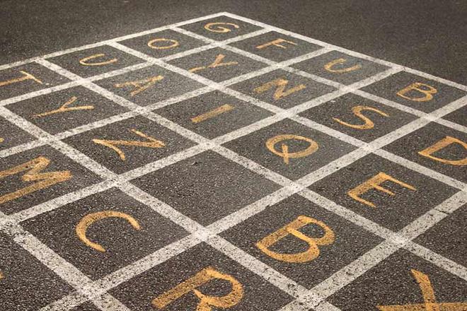 10 trò chơi thú vị với bảng chữ cái giúp trẻ thuộc mặt chữ ngon ơ - Ảnh 4