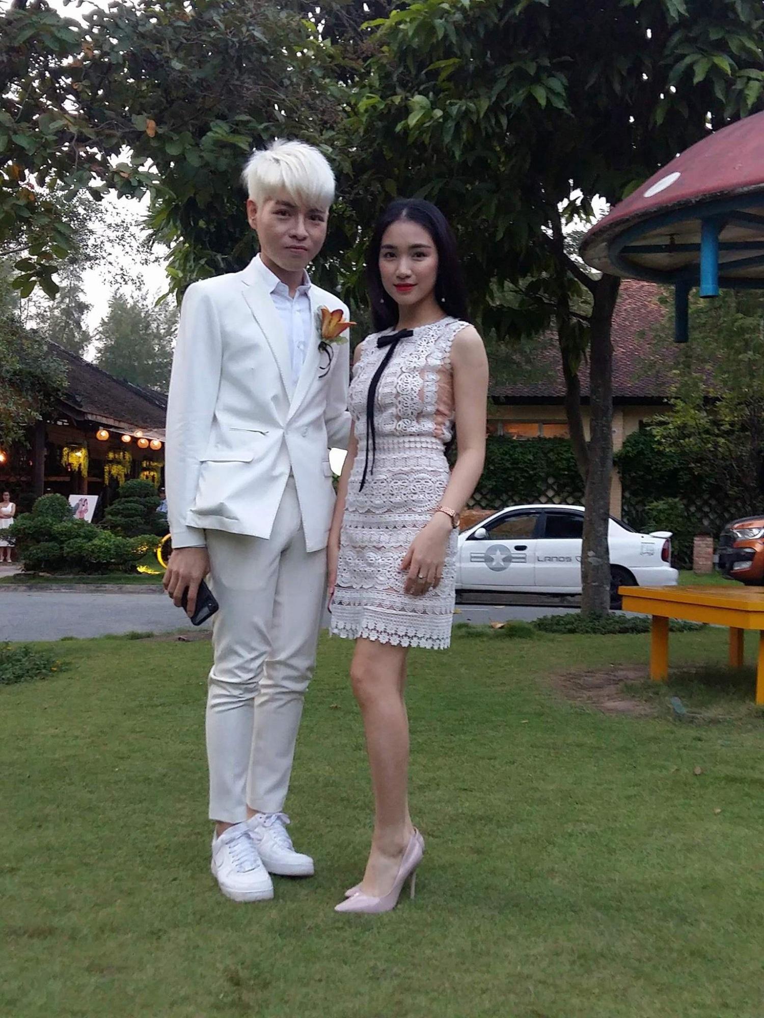 Cập nhật: Vợ chồng Kelvin Khánh - Khởi My diện trang phục giản dị, quậy tưng bừng trong tiệc cưới - Ảnh 3