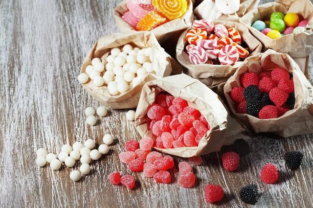 6 thói quen ăn uống mà tế bào ung thư thích nhất: Toàn món quen thuộc trong mâm cơm, biết là độc nhưng ít người có thể từ bỏ - Ảnh 2