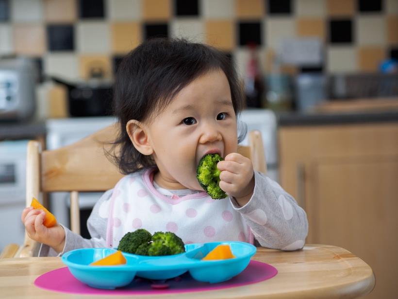 Cảnh báo 5 món ăn vặt rẻ bèo, có mặt ở khắp nơi mà trẻ nhỏ rất 'nghiện' nhưng có thể là tác nhân gây ung thư cực mạnh cha mẹ cần hạn chế cho con ăn - Ảnh 1