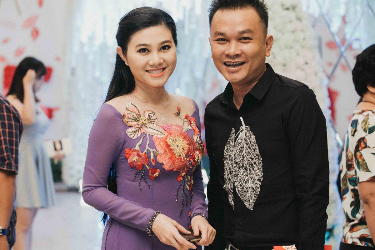 Nghệ sĩ cải lương đình đám Vũ Linh tái ngộ Thoại Mỹ trong đám cưới cháu gái - Ảnh 5