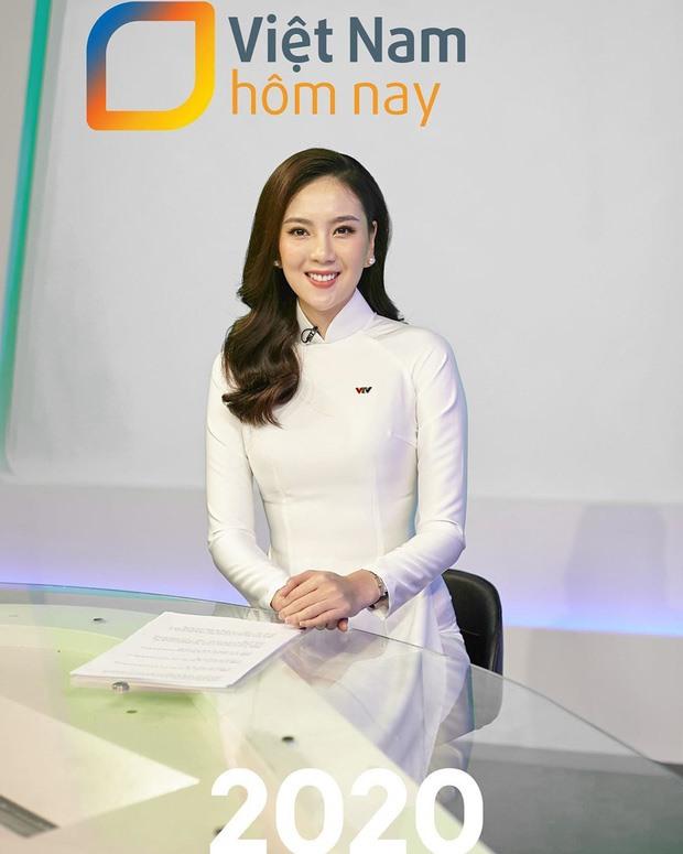 Đang dẫn chương trình thời sự, MC Mai Ngọc bị đau bụng quằn quại - Ảnh 5