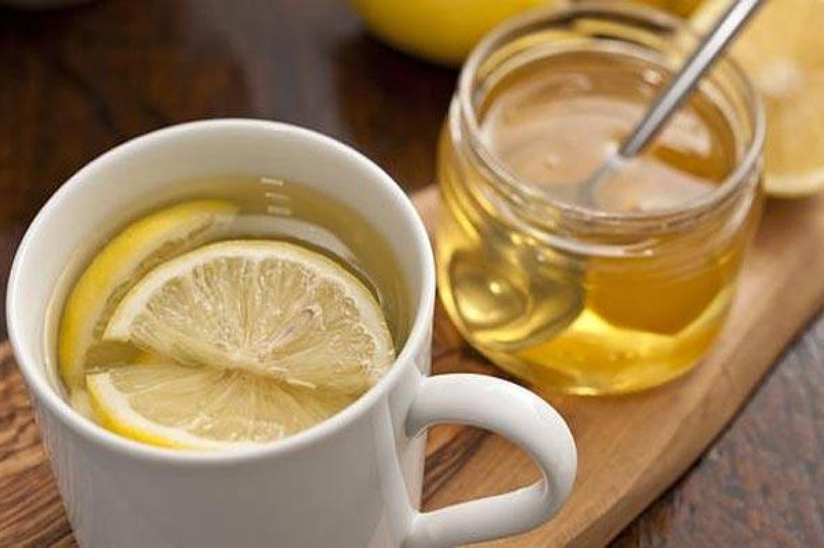 Thức dậy sớm và uống 2 loại nước này khi bụng đói chị em sẽ cải thiện được sức khỏe và nhan sắc ngay lập tức nhưng cũng cần nắm rõ lưu ý quan trọng - Ảnh 2