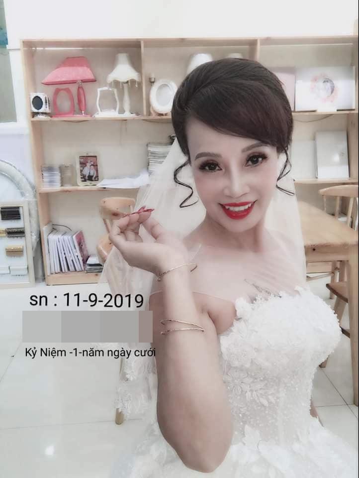 Tự tin khoe ảnh lão hóa ngược, cô dâu 63 tuổi ở Cao Bằng khiến ai nấy bất ngờ khi lộ mặt mộc 6 năm về trước - Ảnh 2