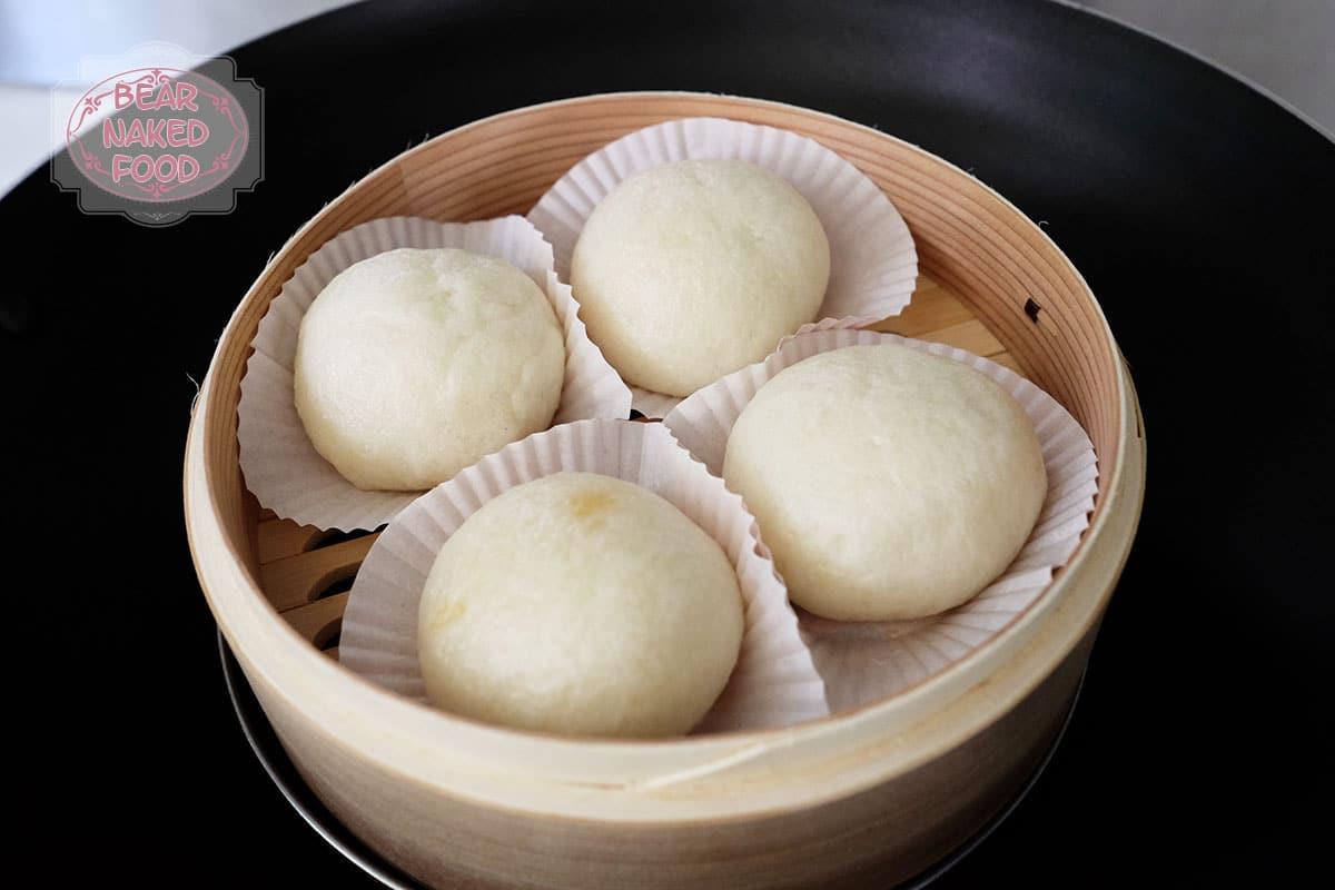 Công thức làm bánh bao kim trứng muối, món ăn vặt đang 'hot rần rần' - Ảnh 4