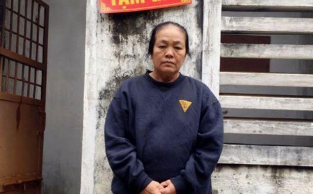 Bắt 'má mì' 60 tuổi miền sơn cước nuôi gái bán dâm tại nhà riêng cho trai bản - Ảnh 1