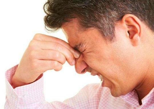 Con người có 4 loại nỗi đau không thể chịu đựng, đừng cố quá kẻo mất mạng
