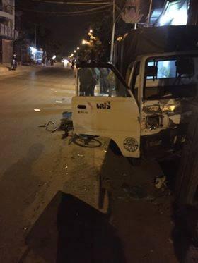 Hà Nội: Đi xe đạp dàn hàng ngang trên đường, 6 em học sinh bị ô tô tải đâm - Ảnh 5