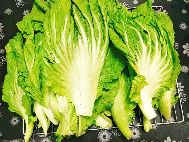 Dưa cải mà muối theo cách này đảm bảo chua dịu, vàng giòn không bị khú - Ảnh 2