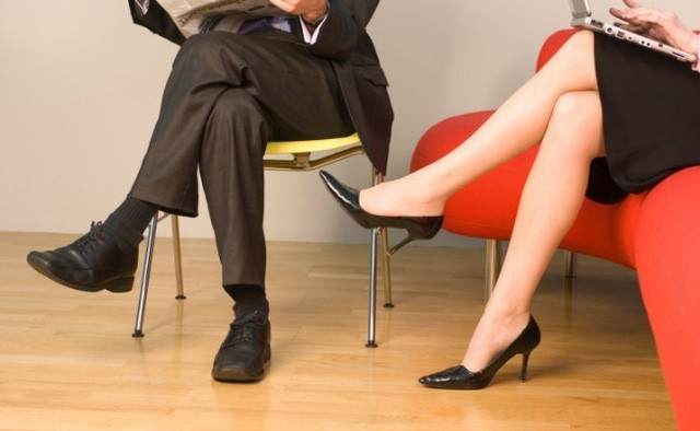 Việc ngồi tưởng chừng rất đơn giản nhưng có thể gây ảnh hưởng vô cùng hệ trọng đến sức khỏe của bạn.