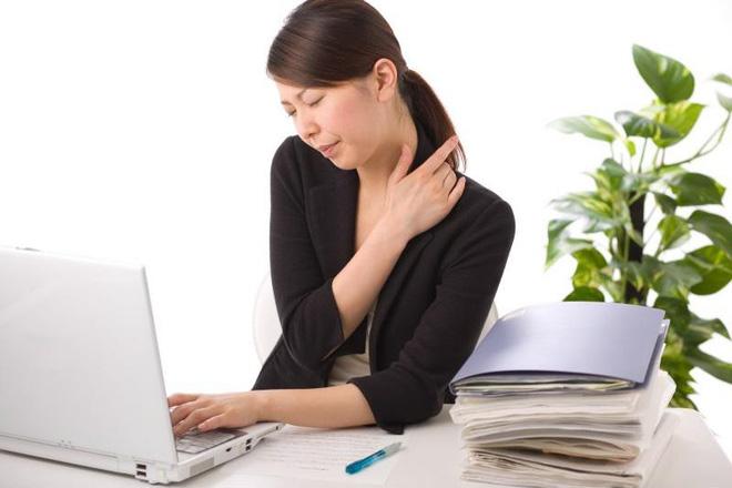 Những người ngồi trong nhiều giờ có nguy cơ bị viêm cơ quan nội tạng ở vùng bụng dưới dẫn đến ung thư.