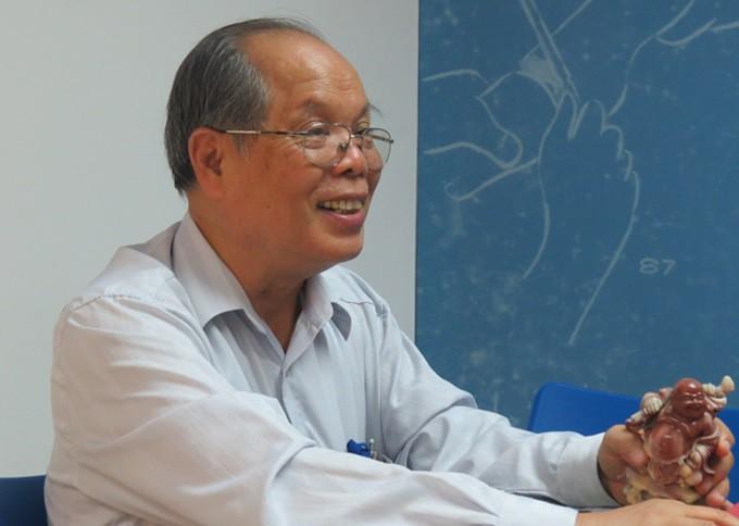 Tác giả đề xuất cải cách tiếng Việt, 'Luật giáo dục' thành 'Luật záo zụk': 'Có người nói tôi rửng mỡ' - Ảnh 1