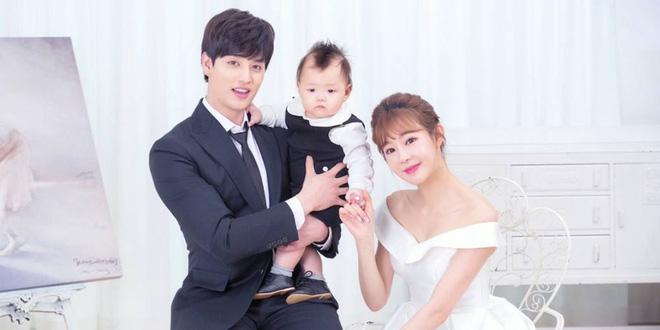 """Kbiz dậy sóng vì cặp vợ chồng """"chị em"""" toang toàn tập: Nam idol đình đám Gen 2 và vợ hơn 11 tuổi ly hôn sau 6 năm - Ảnh 5"""