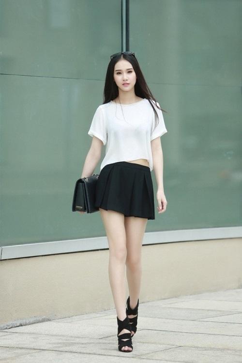Năng động với áo thun trắng vẫn luôn nổi bật và phong cách - 7