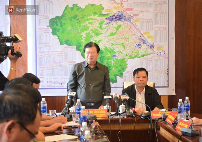 Phó Thủ tướng Trịnh Đình Dũng: Bão số 9 mạnh và nguy hiểm nhất 20 năm trở lại đây tại miền Trung, tuyệt đối không được chủ quan - Ảnh 1