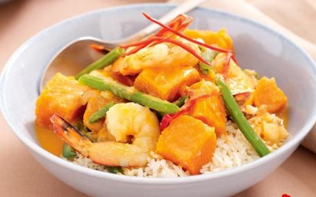 Tôm nấu cà ri kiểu Thái cho bữa cơm đổi vị - Ảnh 2