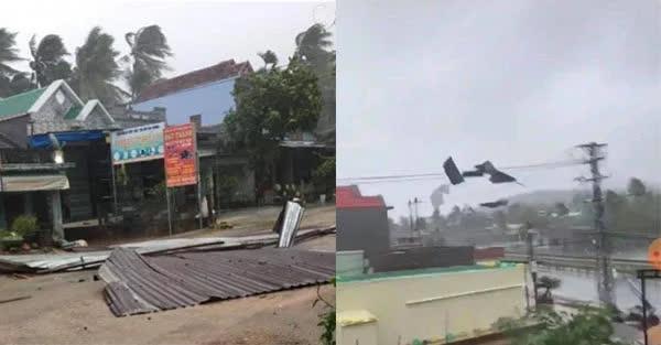 Video: Gió giật liên hồi thổi bay mái nhà bằng tôn ở các tỉnh miền Trung - Ảnh 1